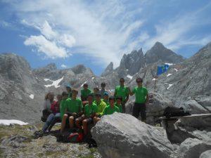 Grupo bajando de Torre Párdida